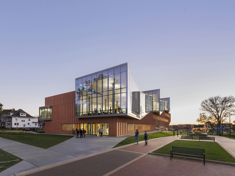 Kent State Center For Architecture And Environmental Design WEISS / MANFREDI