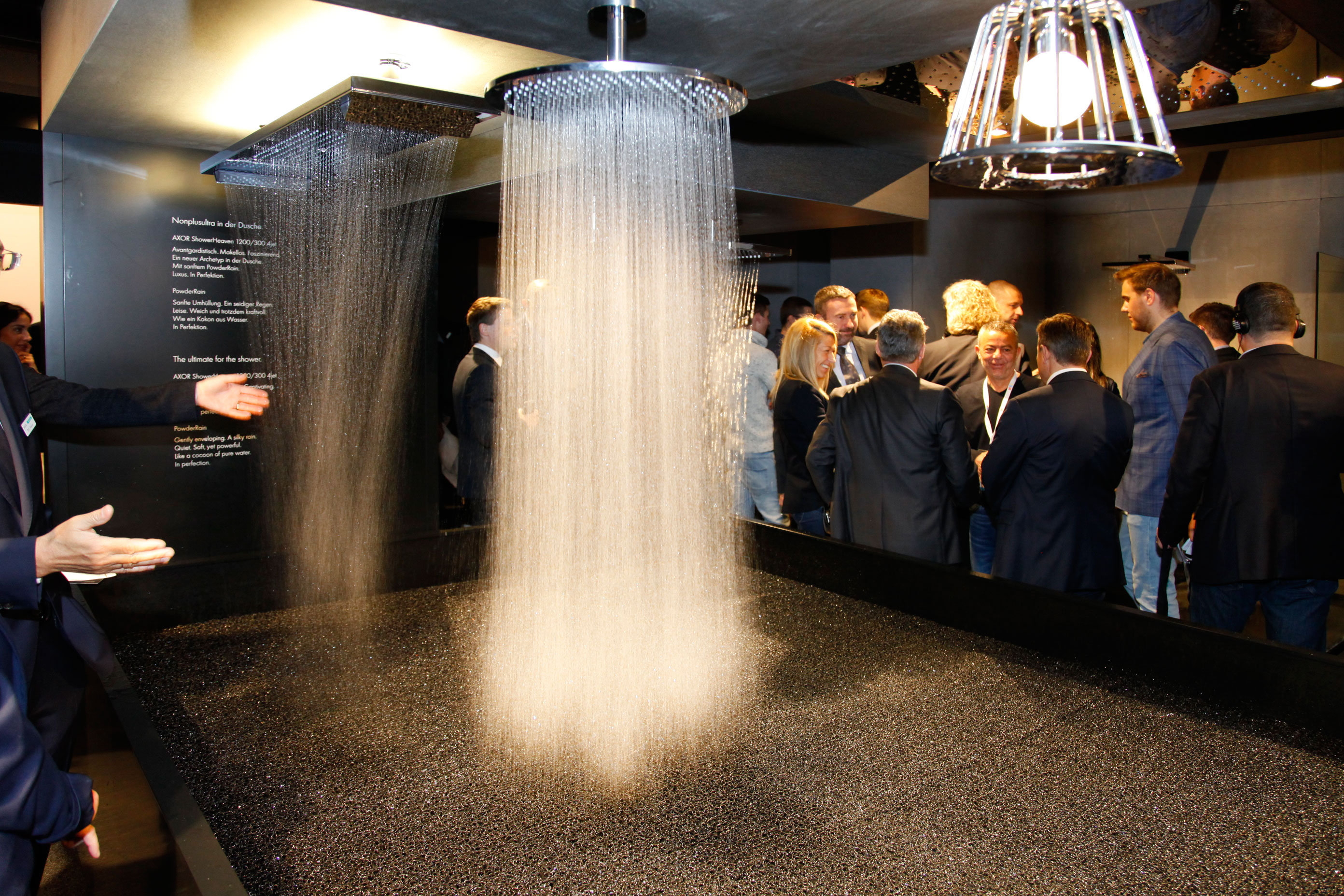 Julius Reimann «Design vs. Funktion» at Hansgrohe Axor
